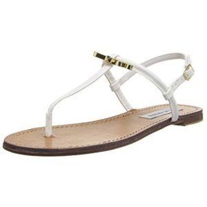 Steve Madden Daisy Bow white thong sandal 9